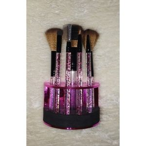 Juicy Couture Makeup brushes